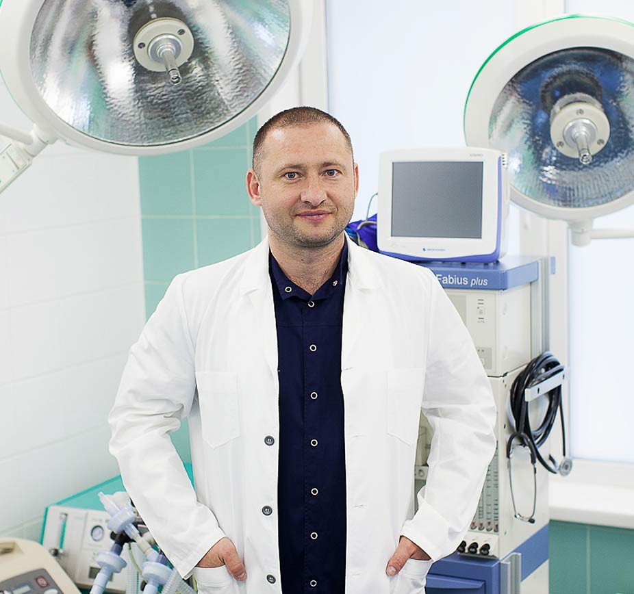 Меньщиков Константин Анатольевич Урогенитальный хирург, врач высшей категории.